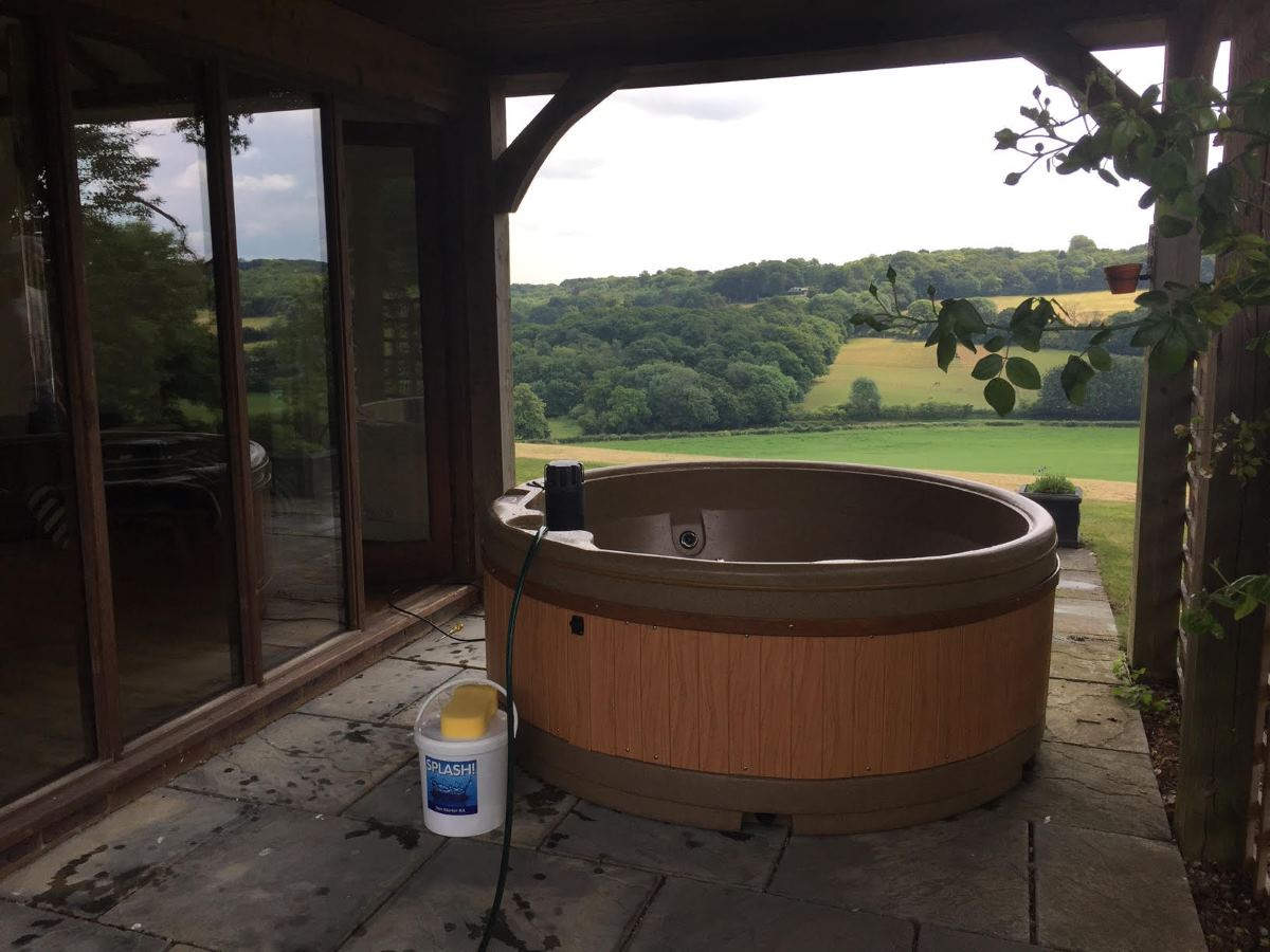 Hot Tub Hire in Kingston