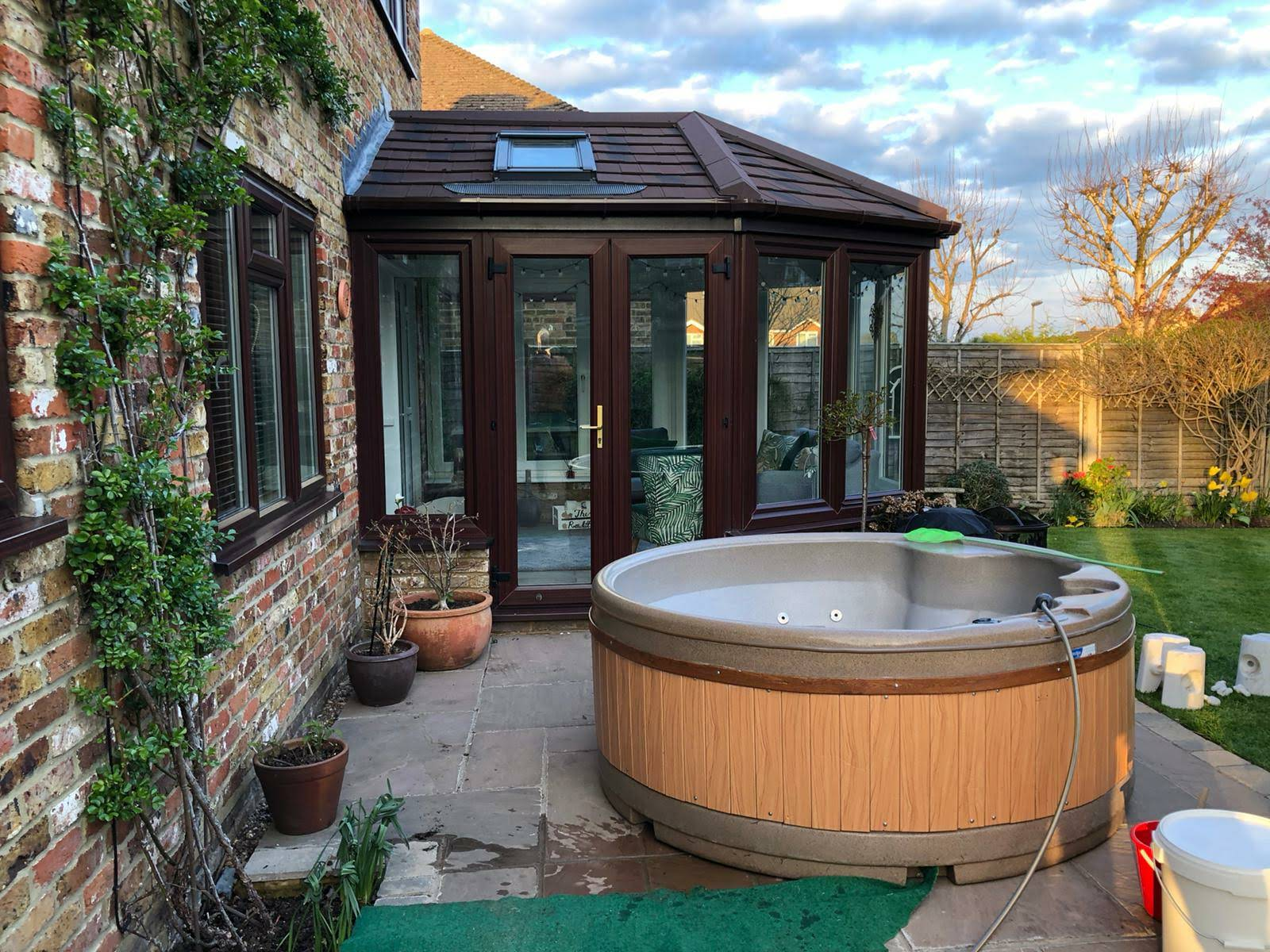 hot tub sales in south east england